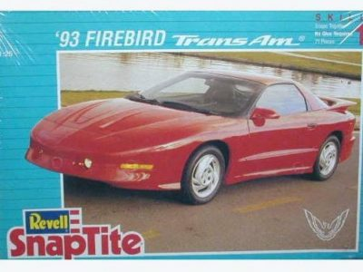 Revell 93 Firebird Trans Am Snaptite Kit